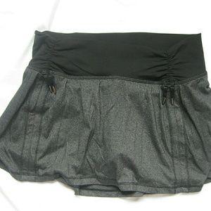 Lululemon Heather Grey and Black Skirt